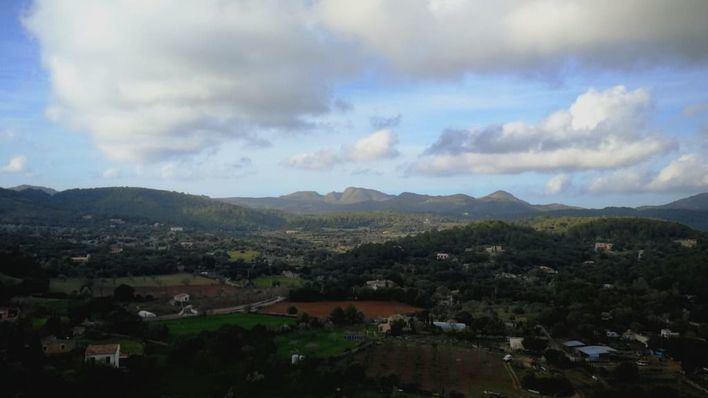 Intervalos nubosos y algún chubasco ocasional en Baleares