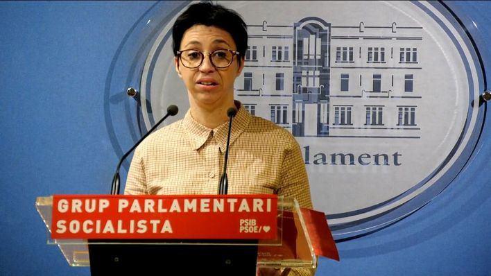 Cano: 'No necesitamos los recortes ni las políticas sin rumbo del PP'