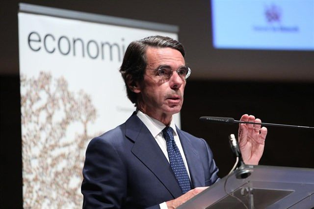 Aznar: sí al pacto constitucionalista, pero sin Sánchez