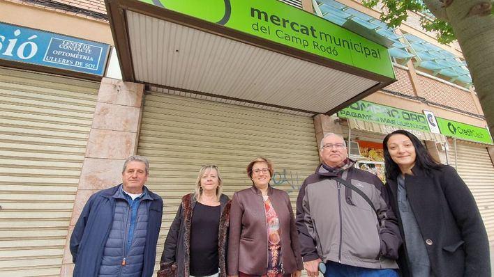El PP pide a Hila rehabilitar el mercado de Camp Redó con lo que gastan en nuevos asesores en Cort