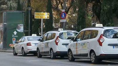Los taxi-tour no podrán aparcar en la zona de la catedral