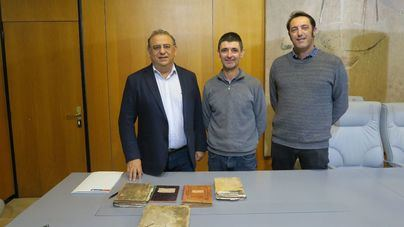 Un vecino dona al Ayuntamiento de Calvià valiosa documentación de dos 'possessions' del municipio