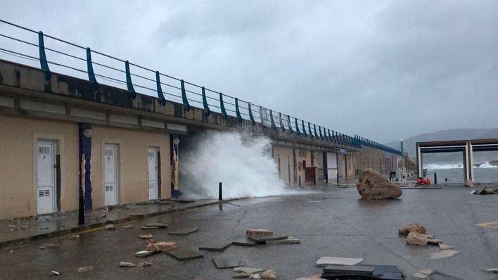 Una borrasca profunda trae a Baleares un temporal de lluvia y viento a partir del viernes