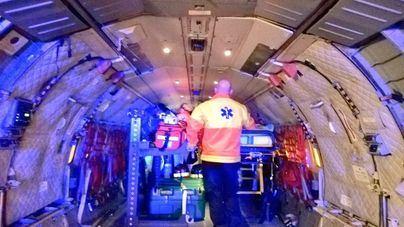 Un avión del Ejército traslada a una mujer grave de Palma al Vall d'Hebron