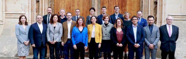 Madrid y Baleares firman el convenio de inversiones tras la quiebra de Thomas Cook