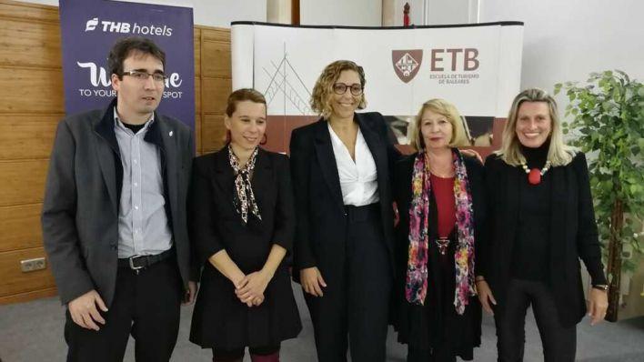 THB y la Escuela de Turismo dan la bienvenida a los futuros profesionales del sector