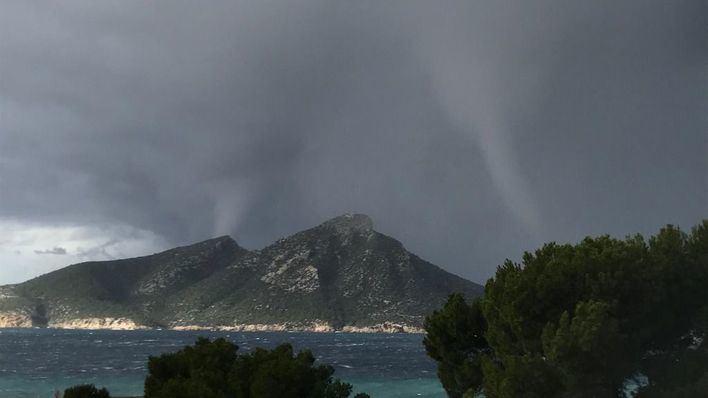 Lluvias y tormentas en Baleares y vientos de hasta 80 kilómetros por hora