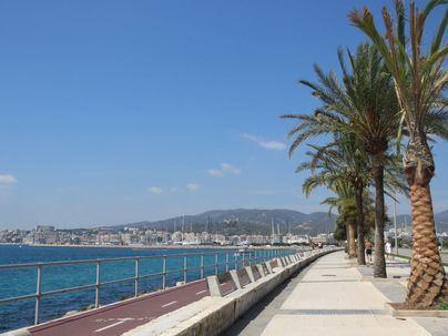 Cielos despejados en Baleares con fuertes rachas de viento