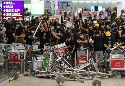 Hong Kong vota este domingo unas elecciones locales empañadas por las protestas