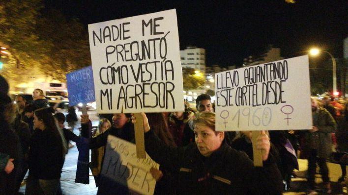Palma clama contra la violencia machista con una masiva manifestación