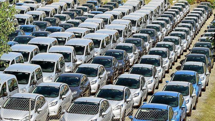"""El Parlament reclama que los """"rent a car"""" paguen el impuesto de circulación en Baleares"""