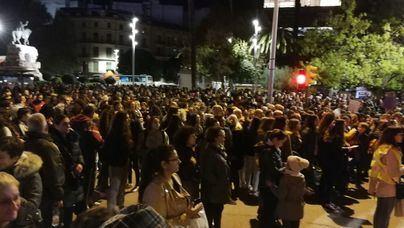 Agrede a su ex durante la manifestación contra la violencia de género en Palma