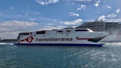 """Armas incorpora el fast ferry Villa de Agaete al """"puente marítimo"""" entre Tenerife y Las Palmas"""