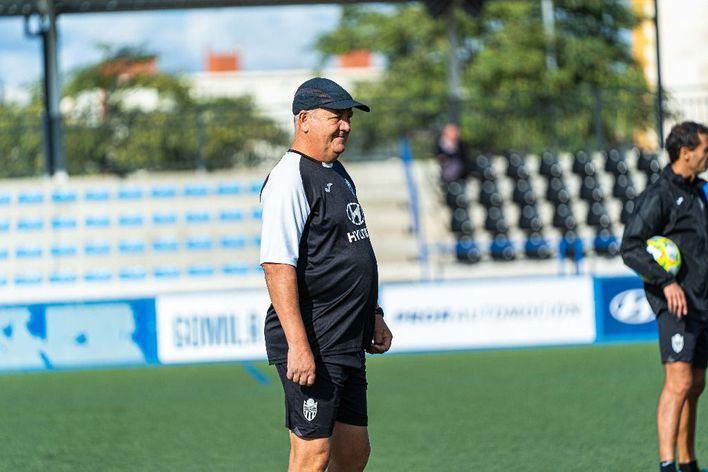 Jorge Ortiz, la gran duda de Manix para enfrentarse al Celta B en el Estadio Balear
