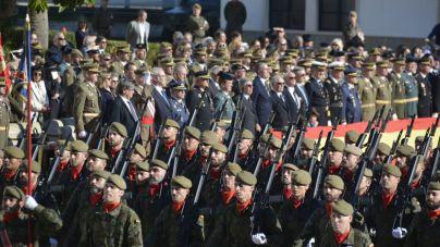 Cientos de personas acuden a celebrar el día de la patrona del arma de Infantería en Palma