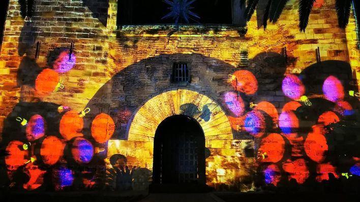 Más de 1.500 personas participan en el encendido de Navidad en Alcúdia