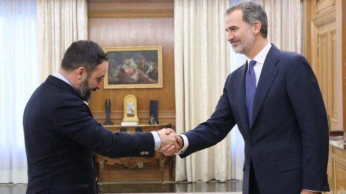 Abascal califica de 'declaración de guerra' el 'frente popular' entre PSOE, Podemos y ERC