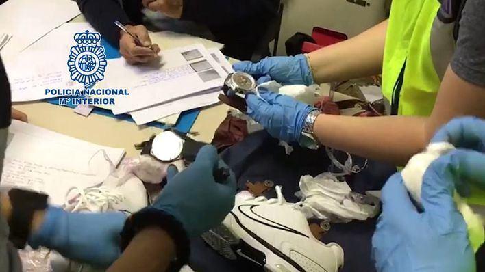 Cae un grupo criminal especializado en sacar del país relojes de lujo y joyas robadas en domicilios