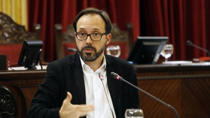 Més per Menorca tacha de 'absurdo' el plus de 22.000 euros para cargos que vienen de fuera