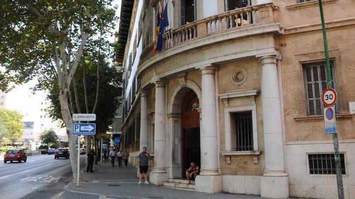 Piden un año de cárcel para el ex dirigente de Sa Fundació Jaume III que tiró un tenderete de la Assemblea Sobiranista