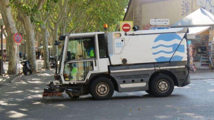 Muere la mujer atropellada por un camión de Emaya en Palma