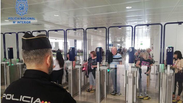 Pillan robando en el Aeropuerto a un hombre que tiene prohibido vivir en Mallorca