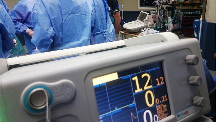 Un niño de 12 años, muy grave tras entrar en coma por intoxicación etílica