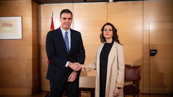 Arrimadas apoyará a Sánchez si opta por un pacto constitucionalista con PP y Cs