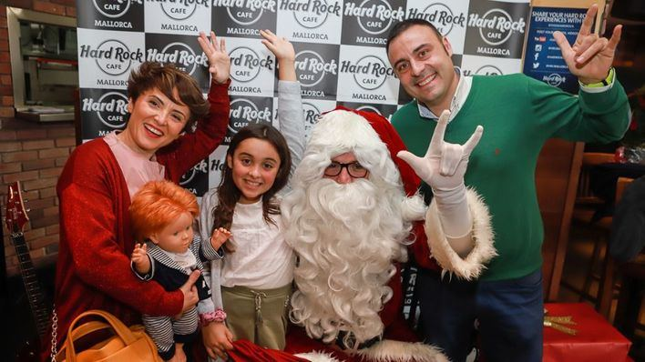 Los desayunos solidarios de Hard Rock Cafe Mallorca con Santa Claus