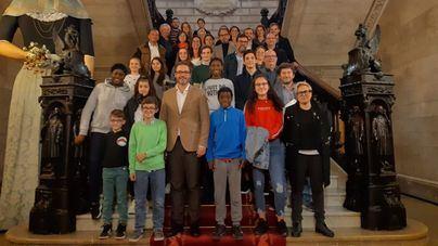 El Consell d'Infància reactiva la campaña del 'dretfensor/a' en Palma