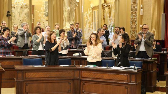 El Parlament aprueba los Presupuestos de Armengol para 2020