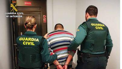 Cazado en el aeropuerto al intentar huir tras robar en una casa de Marratxí