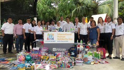 Grupo Piñero organiza una gran campaña de recogida de alimentos, juguetes y material escolar