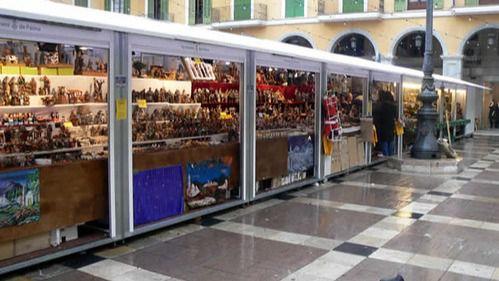 Afedeco quiere un nuevo diseño para las casetas del mercadillo navideño