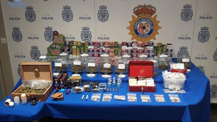 Detenidos en Palma tras vender droga impregnada en golosinas y dulces