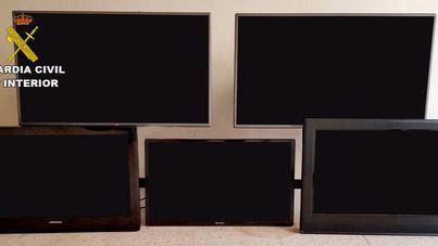 Investigados cuatro jóvenes por el robo de varios televisores en hoteles del Puerto de Alcúdia
