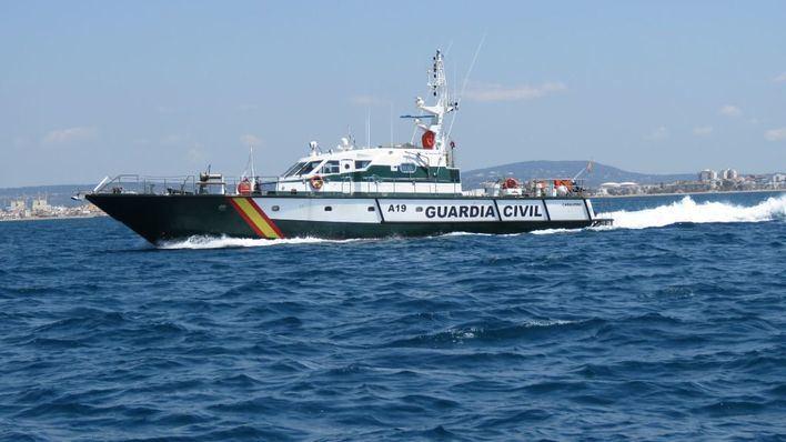21 detenidos tras localizarse tres pateras en aguas de Baleares