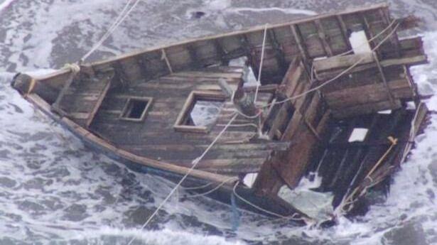 Un 'barco fantasma' con cabezas y esqueletos en su interior llega a la deriva hasta las costas de Japón