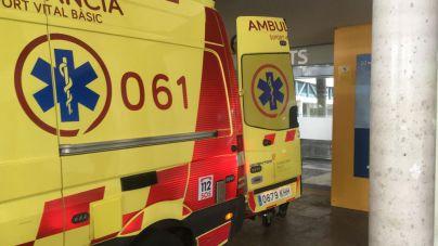 Herido grave un motorista al chocar contra un turismo en el Camí dels Reis