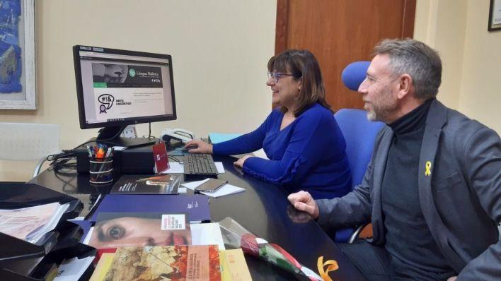 El Consell lanza un portal lingüístico para 'ayudar a vivir plenamente en catalán'