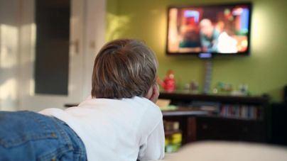 Cinco horas y media al día frente al televisor en Baleares