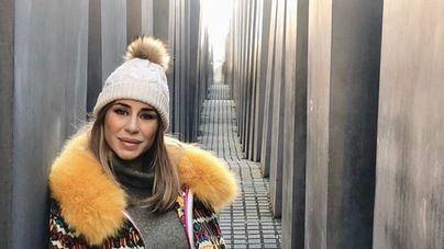 Elena Tablada la lía en Instagram con este hashtag en el monumento al holocausto