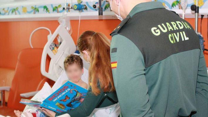 La Guardia Civil culmina con éxito la operación 'Ningún niño sin un juguete nuevo'