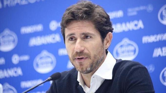 El Málaga aparta a su entrenador a causa de un vídeo de alto contenido sexual