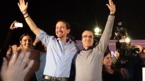 El líder de Podemos Pablo Iglesias junto al candidato por Balears Juan Pedro Yllanes