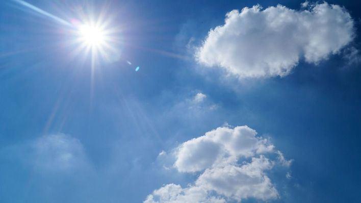 Intervalos nubosos con posibilidad de precipitaciones