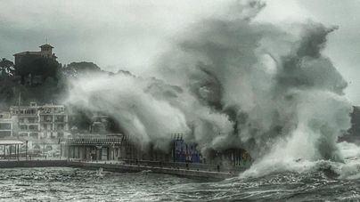 Baleares se mantiene en alerta por mala mar