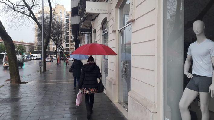 Jueves con chubascos dispersos en Baleares