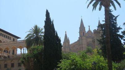 Viernes poco nuboso en Baleares