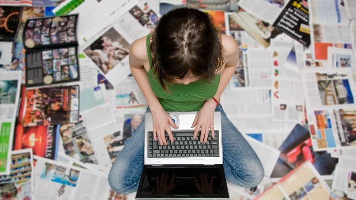APIB convoca un concurso de redacción escolar sobre periodismo